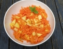 Apfel-Karottensalat mit Chilidressing