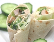 Pork Wraps mit Gurkenrelish