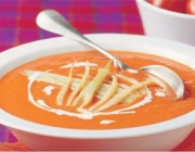 Tomatencreme Suppe mit Fenchel