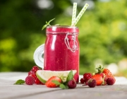 Sommerlicher Beeren-Smoothie