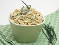 Špageti z drobnjakom