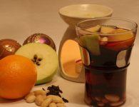 Kuhano vino s sadjem