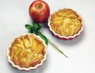Jabolčni kolač iz um...