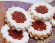 Piškoti z marmelado