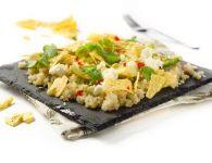 Solata s kvinojo, av...