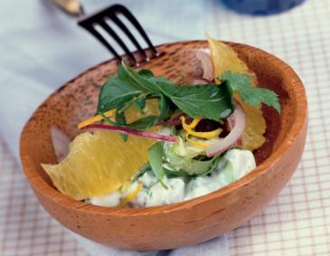 Verschiedene salate zur jause