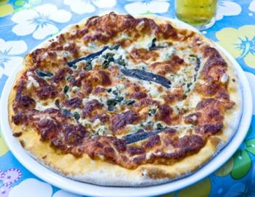Pizza alla marinara (Pizza auf Seemannsart)