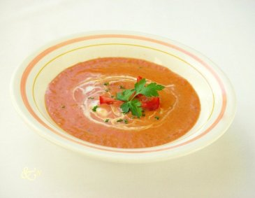 Tomaten-Zwiebel-Suppe