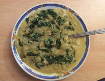 Mangoldragout mit Curry