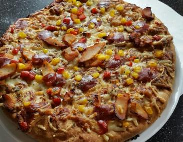 Chicken-BBQ-Pizza