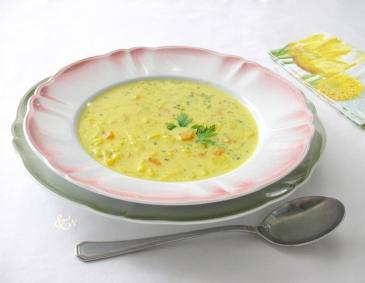 Curry-Reis-Suppe