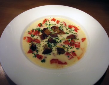 Selleriecreme-Suppe mit Croutons