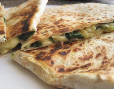 Spinat-Quesadilla