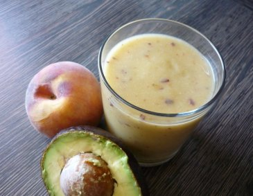 Pfirsich-Avocado-Smoothie