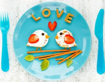 Love Bird Pancakes