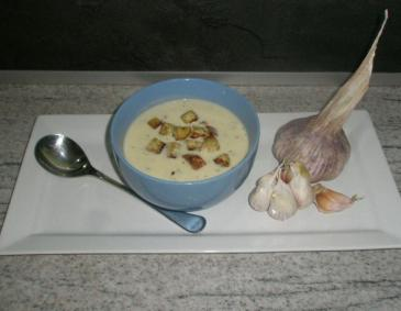 Knoblauch Käsesuppe