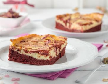 Marmorierte Red Velvet-Cheesecake-Brownies