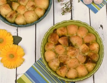 Monkey Bread mit Pesto