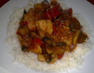 Rotes Hühnercurry