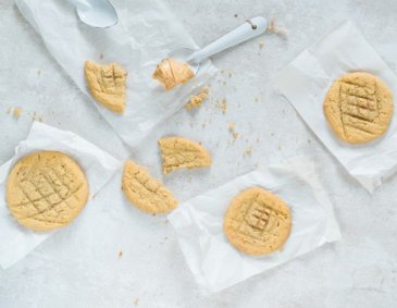 Sticky Peanut Butter Cookies