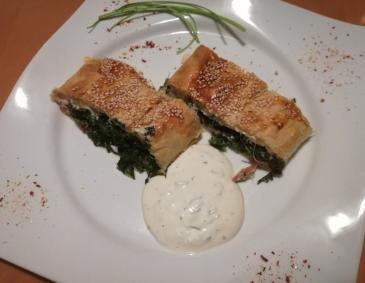 Spinat-Lachs-Strudel