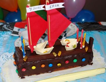 Piratenschiff-Torte