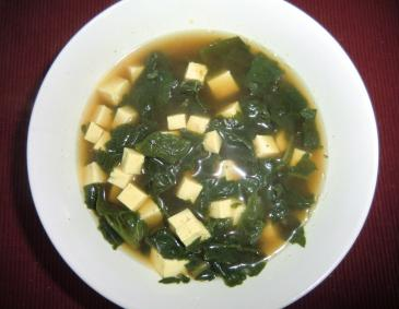 Spinat-Tofusuppe