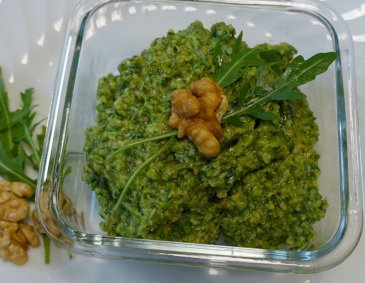 Rucola-Walnuss-Pesto