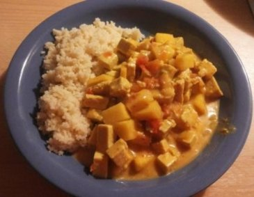 Mango-Tofu-Curry