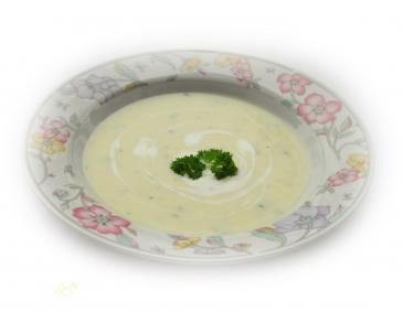 Erdäpfel-Sellerie-Suppe