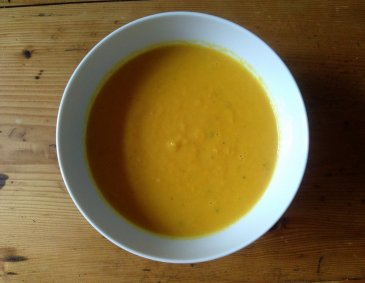 Kokos-Karotten-Suppe