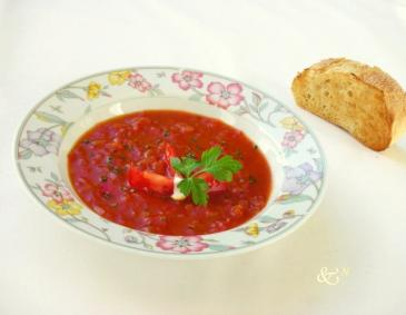 Knoblauch-Tomaten-Suppe