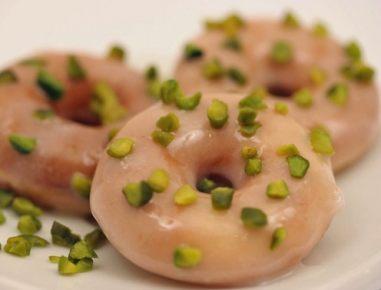 Krofi s pistacijami