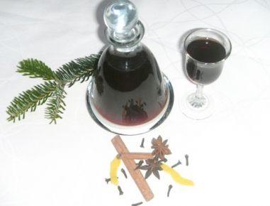 Liker iz kuhanega vina