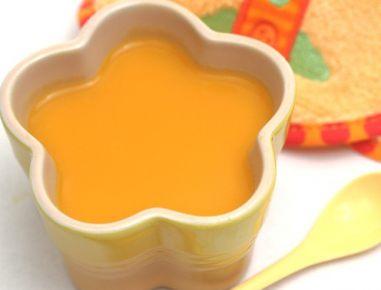 Hrana za dojenčke: juha iz krompirja in korenčka