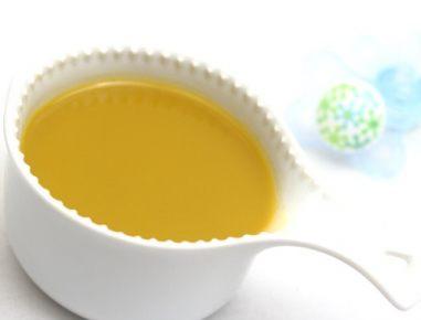 Hrana za dojenčke: juha iz korenja in leče
