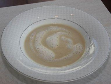 Koruzna juha s spenjenim mlekom