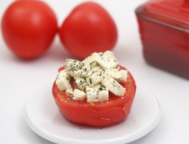 tomaten mit schafsk se rezept. Black Bedroom Furniture Sets. Home Design Ideas