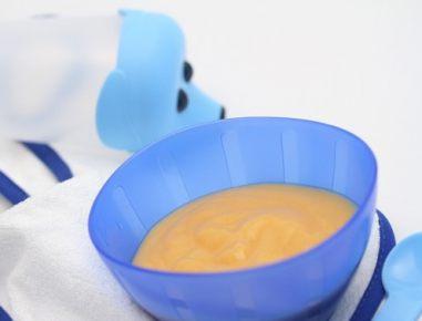 Hrana za dojenčke: kaša iz banane in breskve