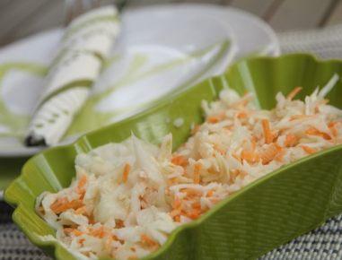 Zeljnata solata z majonezo