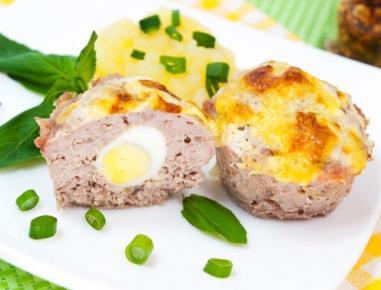 Gratinirane mesne polpete s prepeličjimi jajci