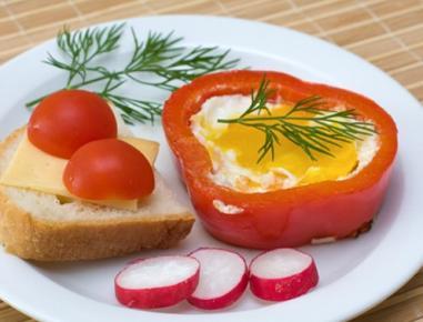 Jajce na oko s papriko