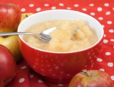 Domač jabolčni kompot