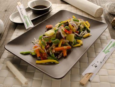 Zelenjava v voku s tofujem