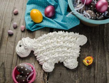 Velikonočna ovčka iz beljakov