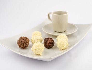 Čokoladne kroglice z rumovo pariško kremo