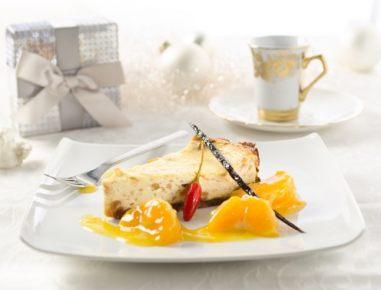 Skutina torta s kompotom iz mandarin in čilija