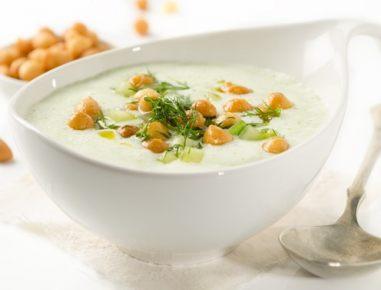 Hladna kumarična juha iz pinjenca