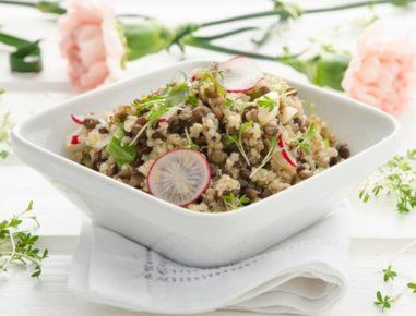 quinoa linsen salat mit radieschen und zitronenmelisse rezept. Black Bedroom Furniture Sets. Home Design Ideas
