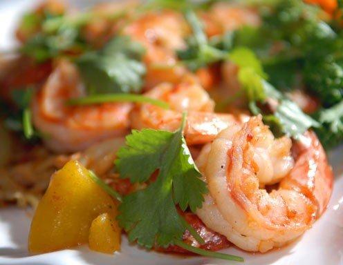 salat von sauer eingelegtem fr hlingsgem se und shrimps rezept. Black Bedroom Furniture Sets. Home Design Ideas